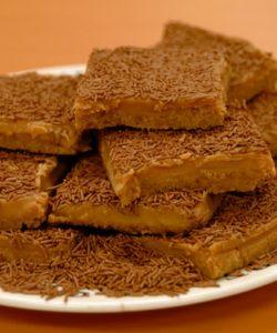 4 Vermicelli Caramel Shortcake Slices
