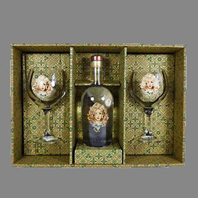 Daffy's Gin (70cl) With 2 Balloon Glasses Gift Set
